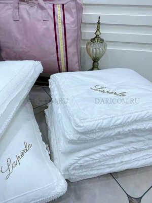 """Одеяло с шелковым наполнителем с  кружевом LAPERLA """" Лилия"""""""