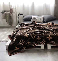 "Плед бамбуковый  "" Louis Vuitton"" коричнево-белый (толстый)"